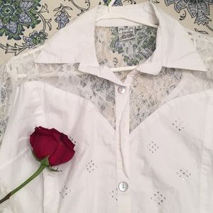 Parsley and Sage lace rhinestone button up blouse